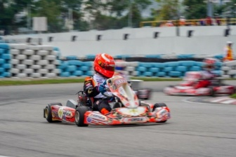 The team in the Top10 with Lee at the Macau International Kart Grand Prix.